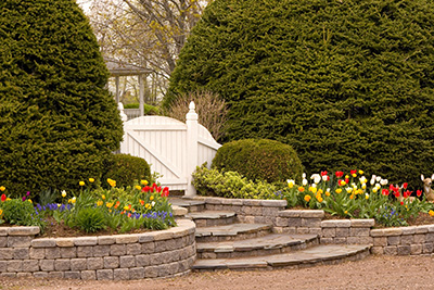 Landscaping with Stone or Pavestone Pavers